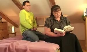 Chunky boobs bookworm woman seduced by a guy