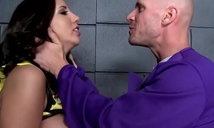 (Kelly Divine, Johnny Sins) - The Bumtastic Bumblebee Unspecific - Brazzers