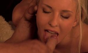 Roasting blonde girl with pulchritudinous tits enjoys deep anal pounding
