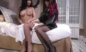 Hot adult lesbians are having game in gangbang ffm sex hardcore act with cumshot